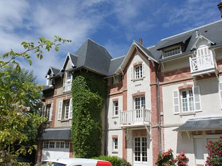 1 bedroom Apartment in Benerville-sur-Mer, Normandy, France : ref 5387763