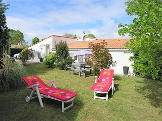 2 bedroom Villa in Begadan, Nouvelle-Aquitaine, France : ref 5434788