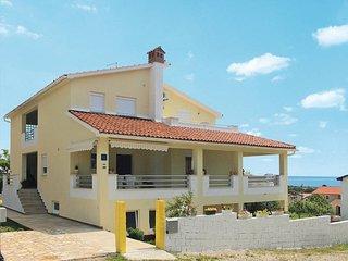 1 bedroom Apartment in Ližnjan, Istarska Županija, Croatia : ref 5439283