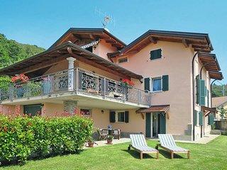 2 bedroom Apartment in Viggiona, Piedmont, Italy : ref 5440813
