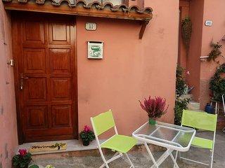 1 bedroom Apartment in Mortola Inferiore, Liguria, Italy : ref 5666415