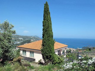 3 bedroom Apartment in Costarainera, Liguria, Italy : ref 5444190