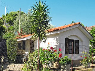 1 bedroom Villa in Serreta, Liguria, Italy : ref 5443915