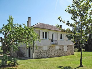3 bedroom Villa in Altillac, Nouvelle-Aquitaine, France : ref 5440762