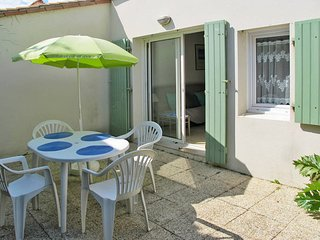 2 bedroom Villa in La Grainetière, Nouvelle-Aquitaine, France : ref 5436529