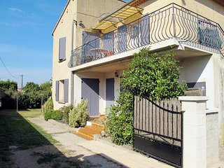 2 bedroom Apartment in Taillades, Provence-Alpes-Cote d'Azur, France : ref 54434