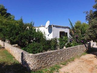 2 bedroom Apartment in Mirca, Splitsko-Dalmatinska Zupanija, Croatia : ref 54371