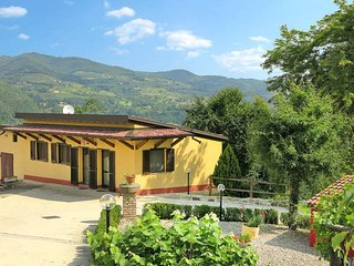1 bedroom Apartment in Chiesalunga, Piedmont, Italy : ref 5443280