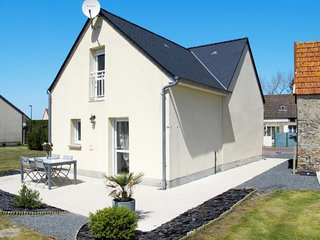 2 bedroom Villa in Saint-Germain-sur-Ay, Normandy, France : ref 5649823