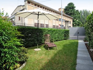 2 bedroom Apartment in Bergamo, Lombardy, Italy : ref 5439074