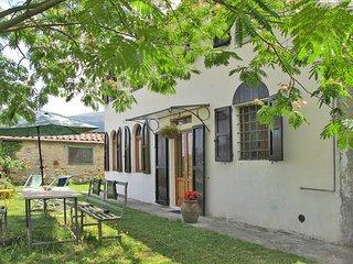 2 bedroom Villa in Santa Maria del Giudice, Tuscany, Italy : ref 5447265