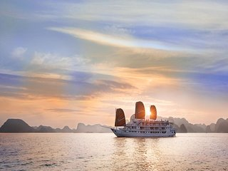 Ha Long Paloma Cruise