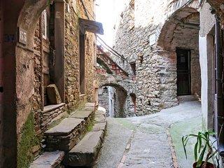 1 bedroom Apartment in Montalto Ligure, Liguria, Italy : ref 5607436