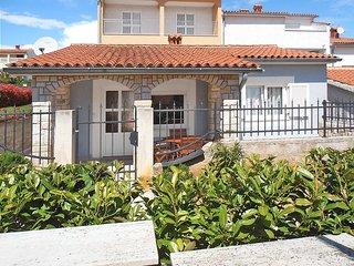1 bedroom Villa in Pula, Istarska Zupanija, Croatia : ref 5439487