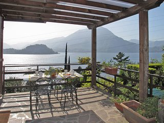 1 bedroom Apartment in Varenna, Lombardy, Italy : ref 5436986