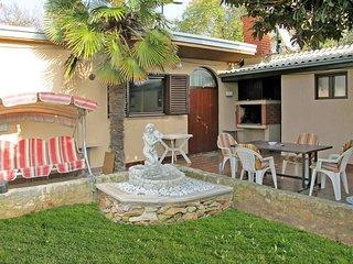 3 bedroom Villa in Medulin, Istarska Zupanija, Croatia : ref 5439273