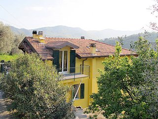 2 bedroom Apartment in San Damiano, Liguria, Italy : ref 5444224