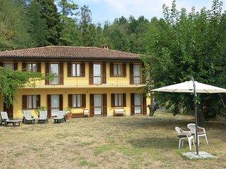 3 bedroom Villa in Crociera, Piedmont, Italy : ref 5443128