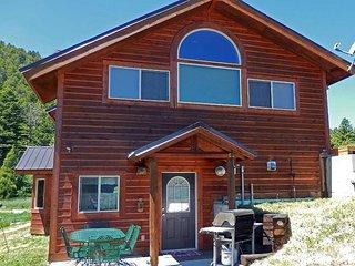 Yellowstone Mountain Home