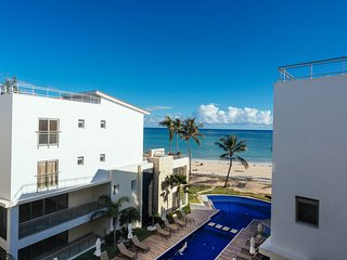 Costa Atlantica BH - 402 Ocean view LUXURY BEACH CONDO