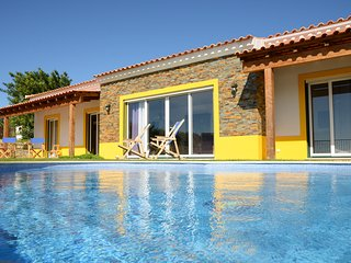 Contemporary 3 Bedroom villa with private pool and stunning views, near Sao Bras