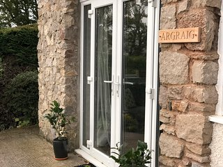 ARGRAIG Self Catering Apartment - sleeps 2