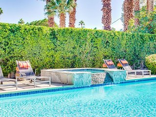 Citrus Twist - Walk to World Famous Palm Canyon Drive!
