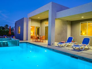 Sun Haven Escape - Better than new 4 Bedroom in Palm Springs