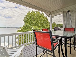 Townhouse w/Shared Dock on Lake of the Ozarks