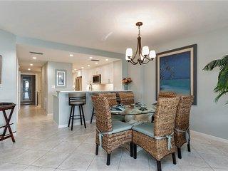 Updated Luxury Beachfron Condo with Stunning View!