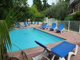 Appartement vue mer, à 500m de la Promenade des Anglais + piscine