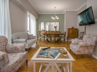 Koukaki Family Apartment,5 minutes from Acropolis