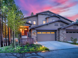 XXL Luxury Townhome - The Timbers #1071