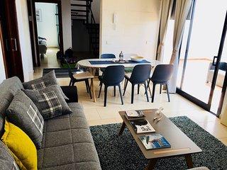 New Loft El Tenezare Confort&Design ( Ambiance - parquet  - piscine - patio )