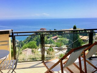 SEA VIEW PANORAMIC FLAT Pool  Terrace Parking Taormina