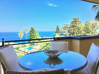 PANORAMIC RESIDENCE APARTMENT Pool Sea View Terrace Taormina