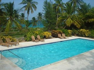 Luxury 5 BR with Pink Sand Beach and Spectacular Views