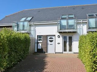 2 Bay Retreat stylish villa close to 7 fabulous bays on the North Cornish coast