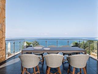 Villa Emilia privet house with swimming pool great sea view