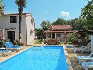 2 bedroom Apartment in Kosinozici, Istria, Croatia : ref 5654788