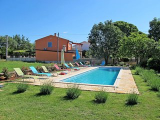 2 bedroom Apartment in Veleniki, Istria, Croatia : ref 5641038