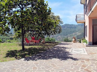 2 bedroom Apartment in Costa d'Oneglia, Liguria, Italy : ref 5655452