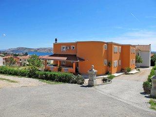 2 bedroom Apartment in Barbat, Primorsko-Goranska Županija, Croatia : ref 565469