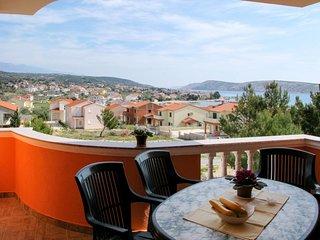 2 bedroom Apartment in Barbat, Primorsko-Goranska Županija, Croatia : ref 565479