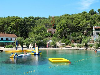2 bedroom Apartment in Rogac, Splitsko-Dalmatinska Zupanija, Croatia : ref 56384