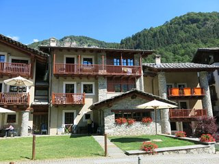 2 bedroom Apartment in Calchesio, Piedmont, Italy - 5657060