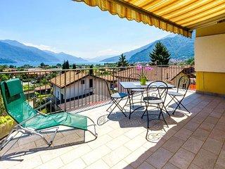 2 bedroom Apartment in Gravedona, Lombardy, Italy - 5651255