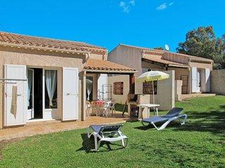 1 bedroom Villa with Walk to Beach & Shops - 5653404