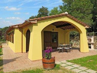 Riparbella Holiday Home Sleeps 5 - 5651116