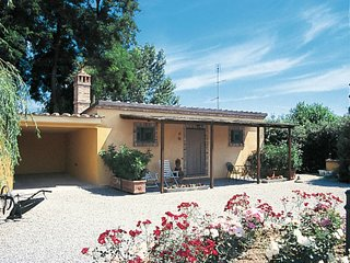 1 bedroom Apartment in Stazione Ferroviaria, Tuscany, Italy : ref 5655869